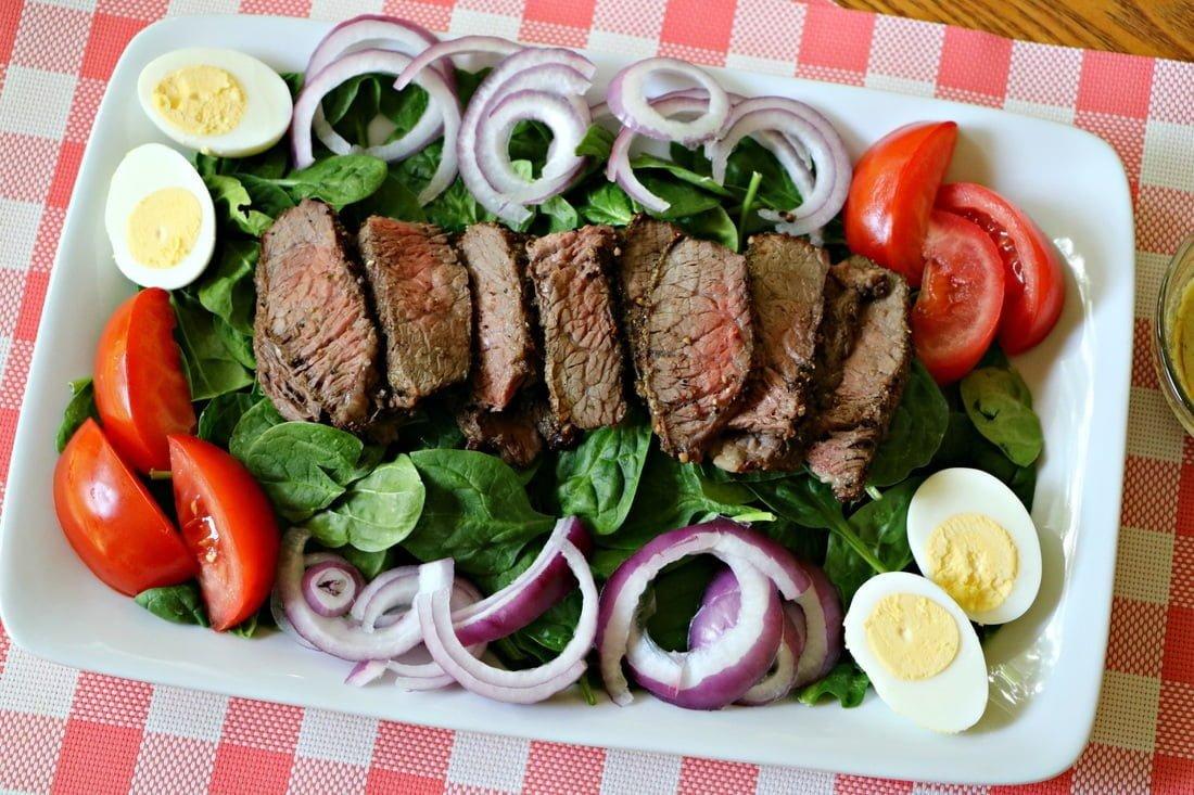 garlic-herb-steak-salad