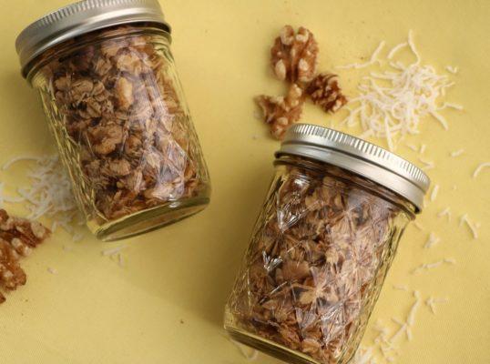 toasted-coconut-walnut-granola