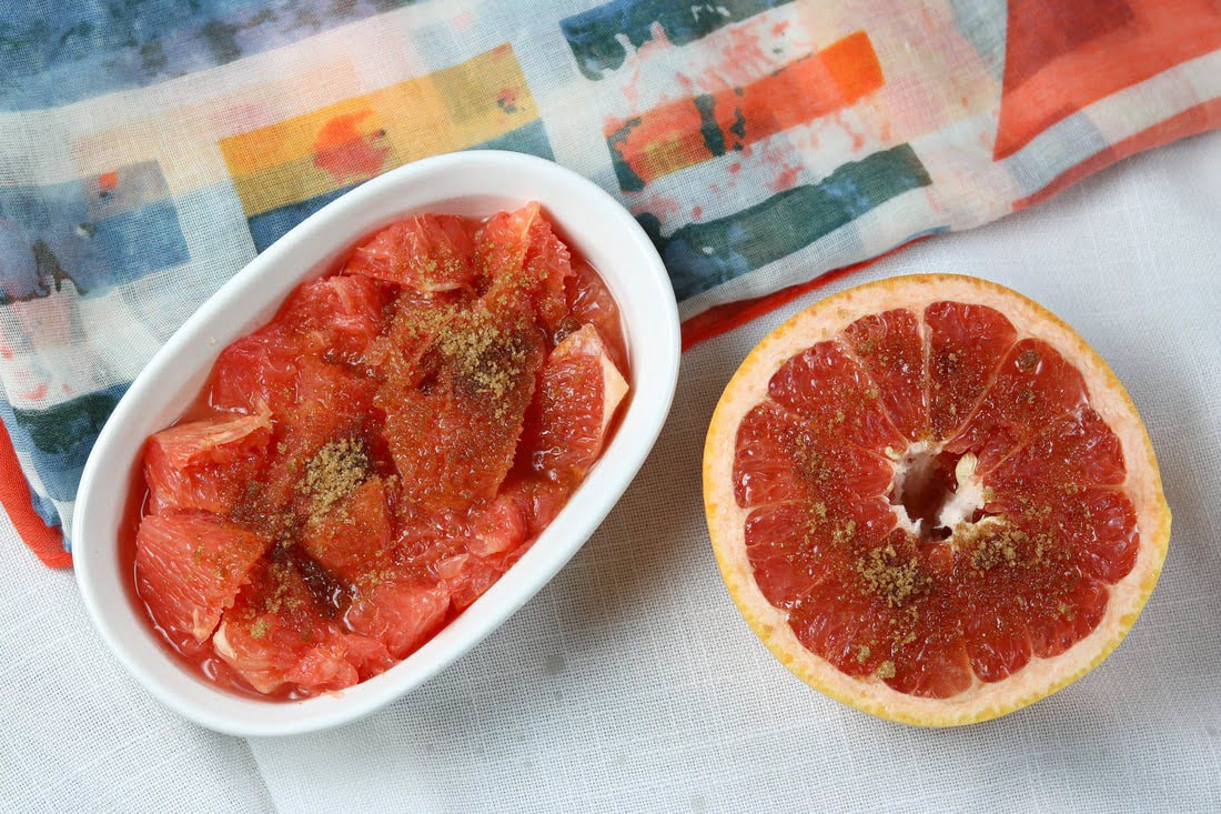 Broiled Grapefruit with Sugar, Cinnamon and Ginger